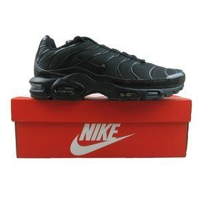 Nike Air Max Plus TN Triple Black Running Shoes